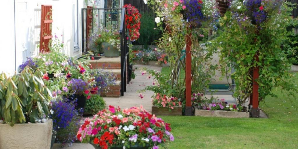 Park Home Garden