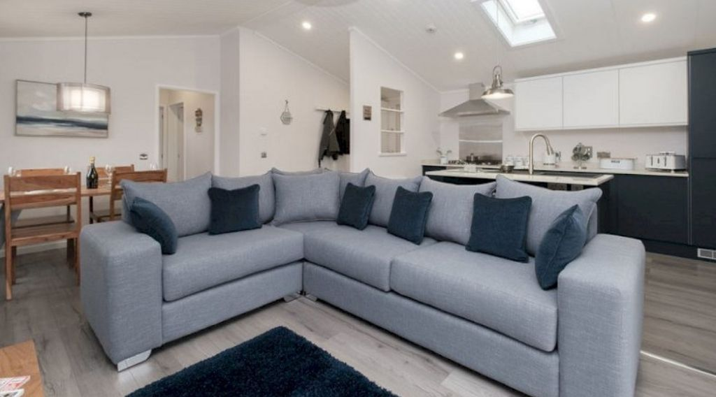 kingston holiday homes
