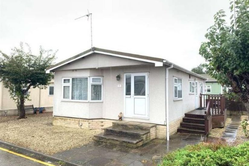 Boothstone Mobile Home Park, Stone