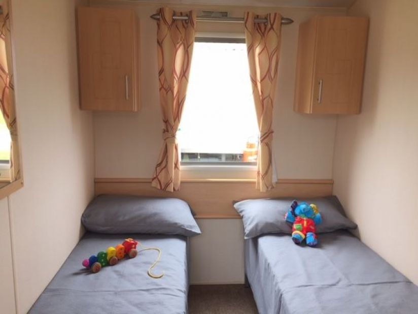 Two Bed Willerby Solara (32x10) 2012