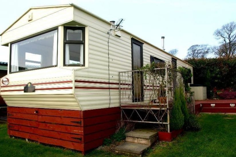 Two Bed Willerby Beaumaris (35x10) 2002