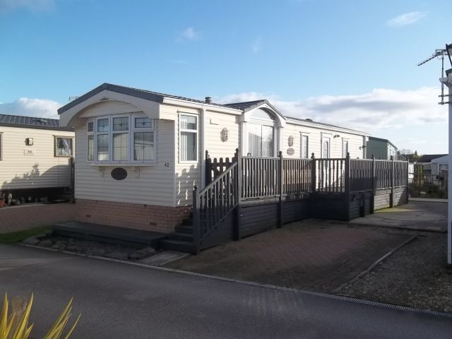 Willerby, Lyndhurst, 38ft x 12