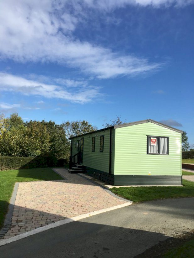 Three bed Willerby Sierra(37x12)2019