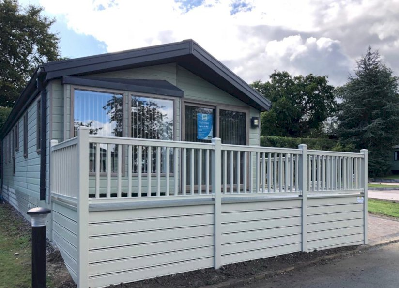Two bed Willerby Boston Lodge(40x16)2012