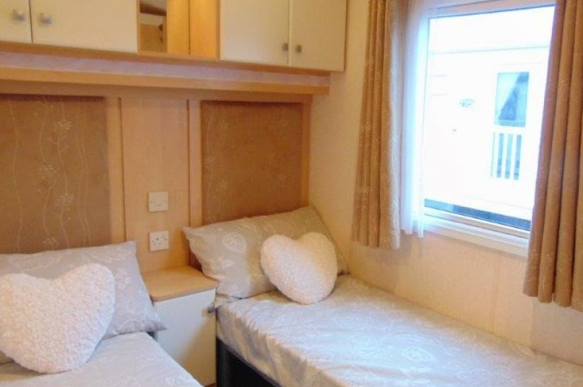 Three Bed WIllerby Aspen (37x12) 2006