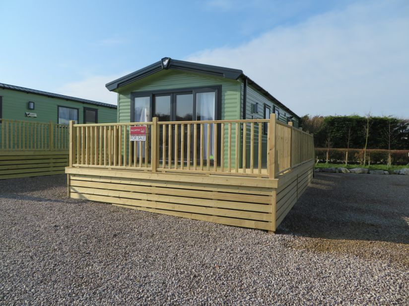 Willerby Linwood Free Decking