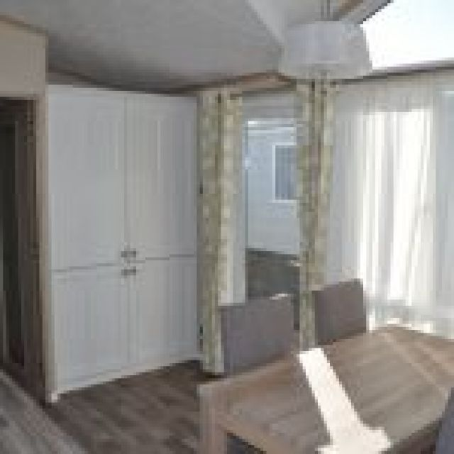 Two Bed Pemberton Knightsbridge (42x14)