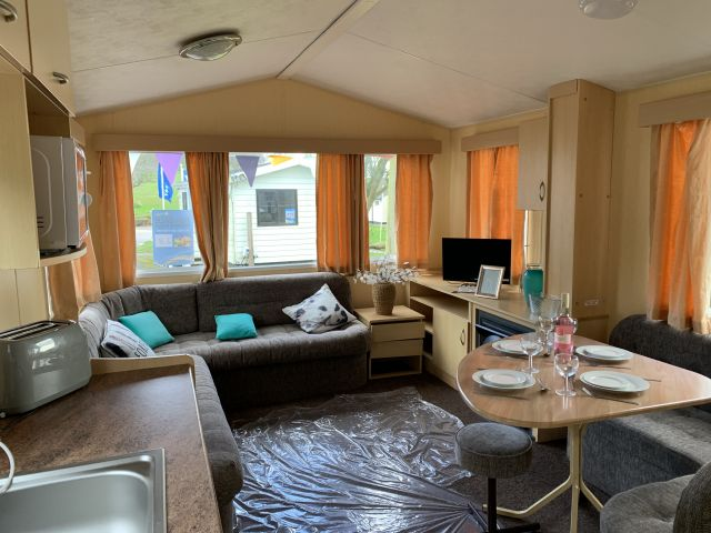 Two Bed Willerby Herald (28x10) 2008