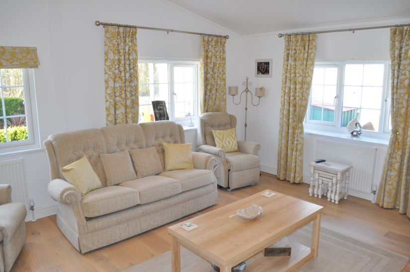 Lakeland Leisure Home Cavendish Special (50 x 20) 2015