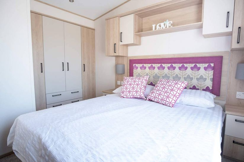 Two bed Abi Sunningdale (38x12) 2018